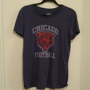 Old navy blue and white Chicago football t-shirt